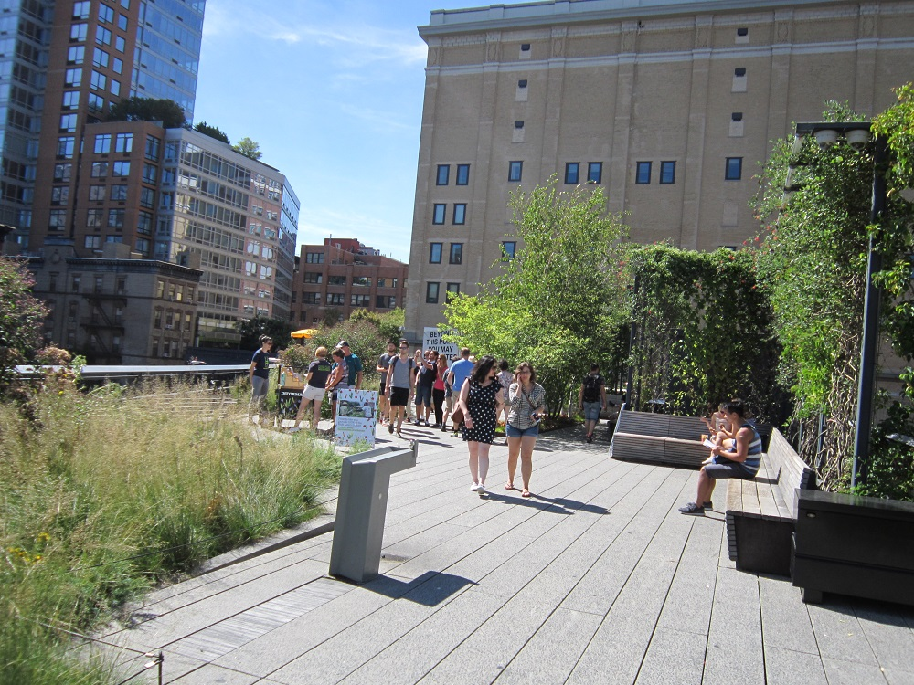 Experiencing New York's High Line revision