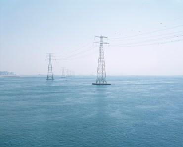 "Abu Dhabi energy pylons confuse perceptions of ""land"" use"