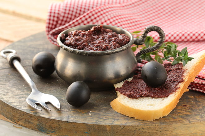 Green and Black Olive Spreads – The Ultimate Recipes