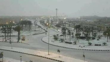 Snow shocks Cairo for first time in 100 years