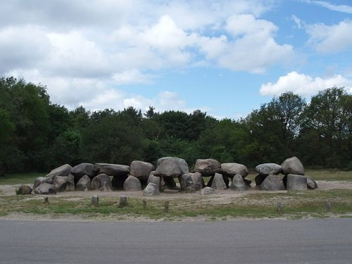 Hunebed D54 bij Havelte Photo by Dymphie H. - The Mystery of the Hunebedden Dolmens of Drenthe, Netherlands – Greetings from the Past