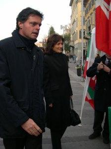 A un Gazebo di Forza Italia a Bergamo