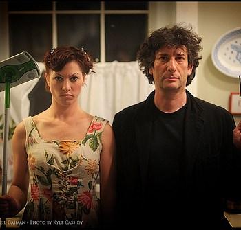 Neil Gaiman & Amanda Palmer photo ebil