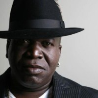 Download: BARRINGTON LEVY // The Vibes Is Right (OM UNIT edit)