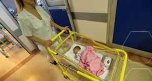 bebe-porodiljno-dojenje