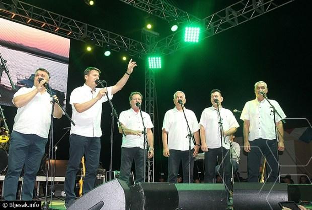 blatnica-koncert-mate-frendovi12