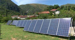 Solarni-paneli-735x400