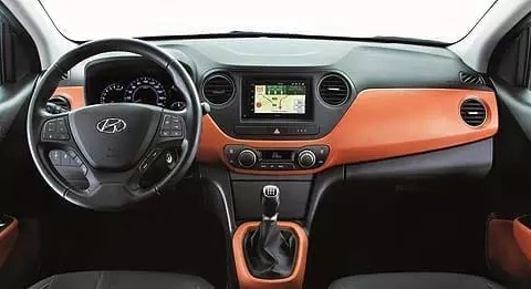 hyundai-i10-sound-edition-2015-interni[1]