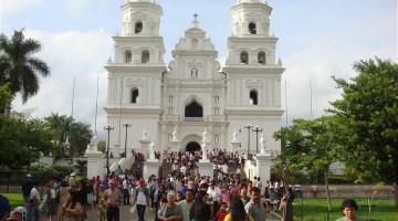 catedrales-de-guatemala-Basilica-de-Esquipulas