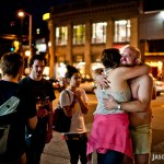 2011.07.23: Tim Harrington of Les Savy Fav w/ fans @ Capitol Hil