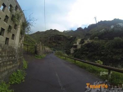 Valle de Tahodio al fondo pistas de Tenis