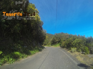 Llegada a la carretera vieja subida Pico del Inglés