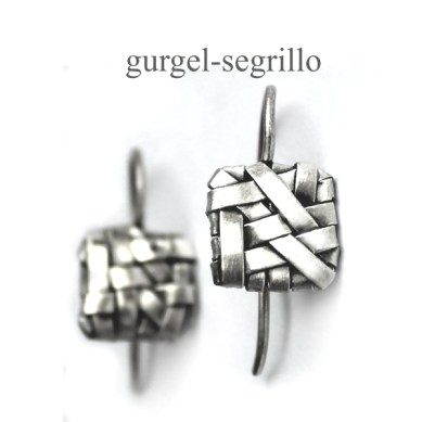 contemporary jewellery handcrafted in silver