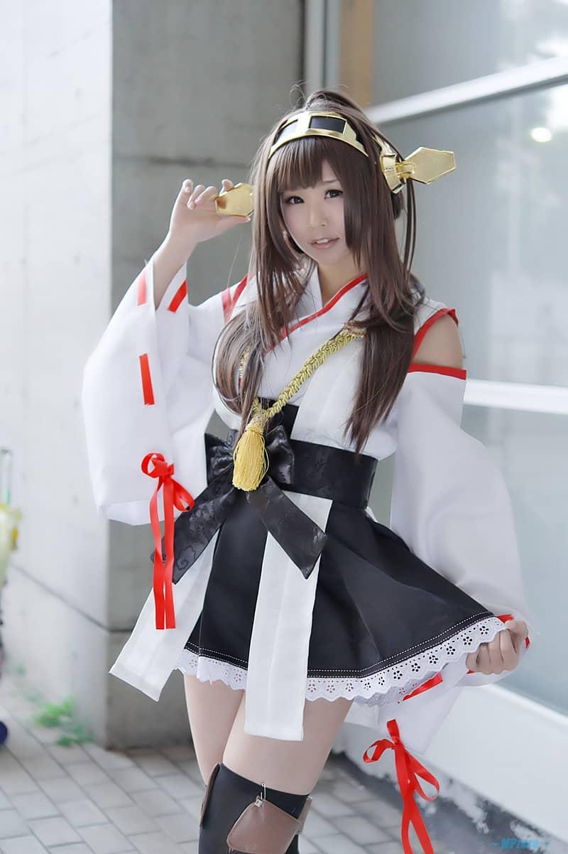 Cosplay Kongou KanColle dari Cosplayer Jepang Itsuki Akira