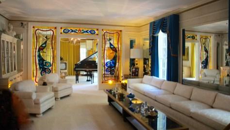 living room at Graceland