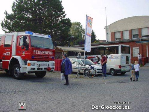 Am Freigelände lieferten zu der Thematik Sicherheit u.a. die Freiwillige Feuerwehr, der Niederösterreichische Zivilschutzverband, das Österreichische Bundesheer, das Rote Kreuz sowie eine Sondergruppe der Gendarmerie ausführliche Informationen