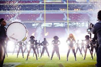 beyonce-hair-goals-hollywood-london-hairgoals-hairgoalshollywood-superbowl