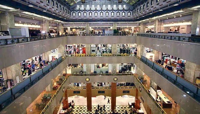tourist-shopping-trends-in-japan
