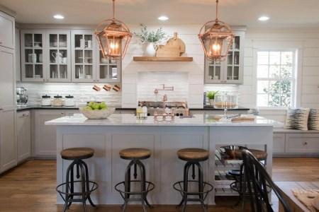 seven farmhouse kitchen designs6