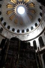 Кувуклия в храме Гроба Господня