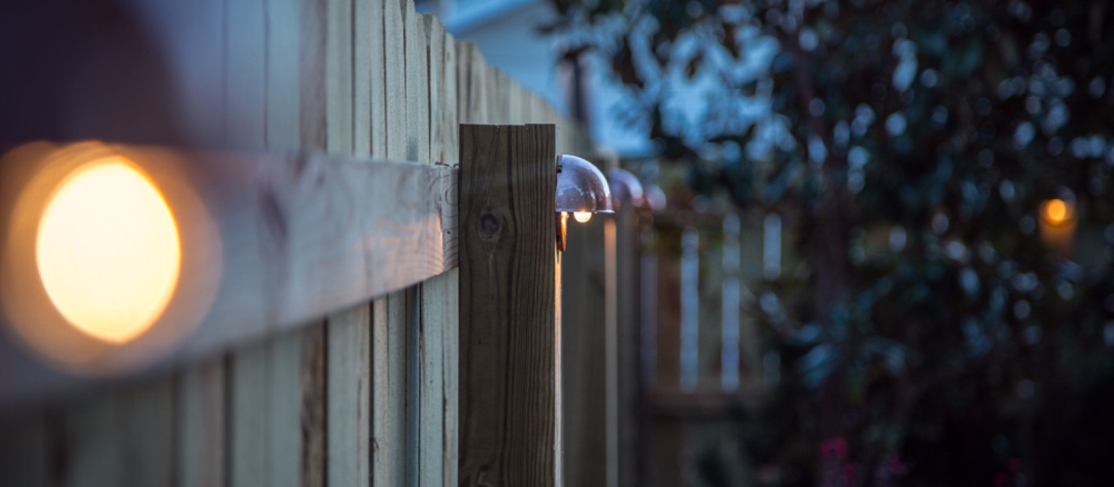 Marvellous Accent Lighting Diy Wood Privacy Fence Diy Wood Privacy Fence Accent Lighting Hammer Moxie Do It Yourself Backyard Fence outdoor Do It Yourself Backyard Fence