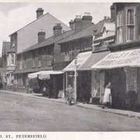An Old Image of Chapel St Petersfield