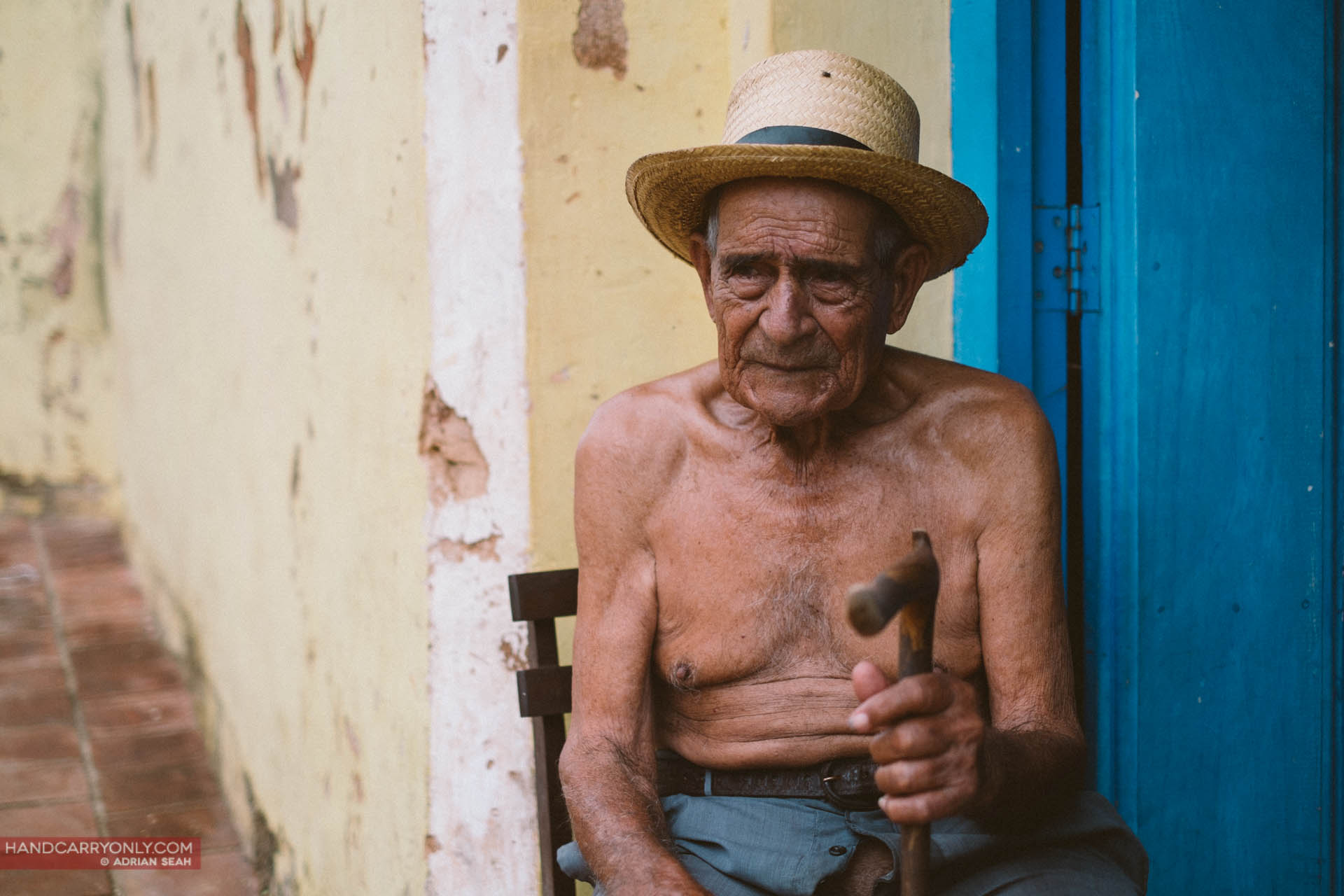 old man with hat cuba