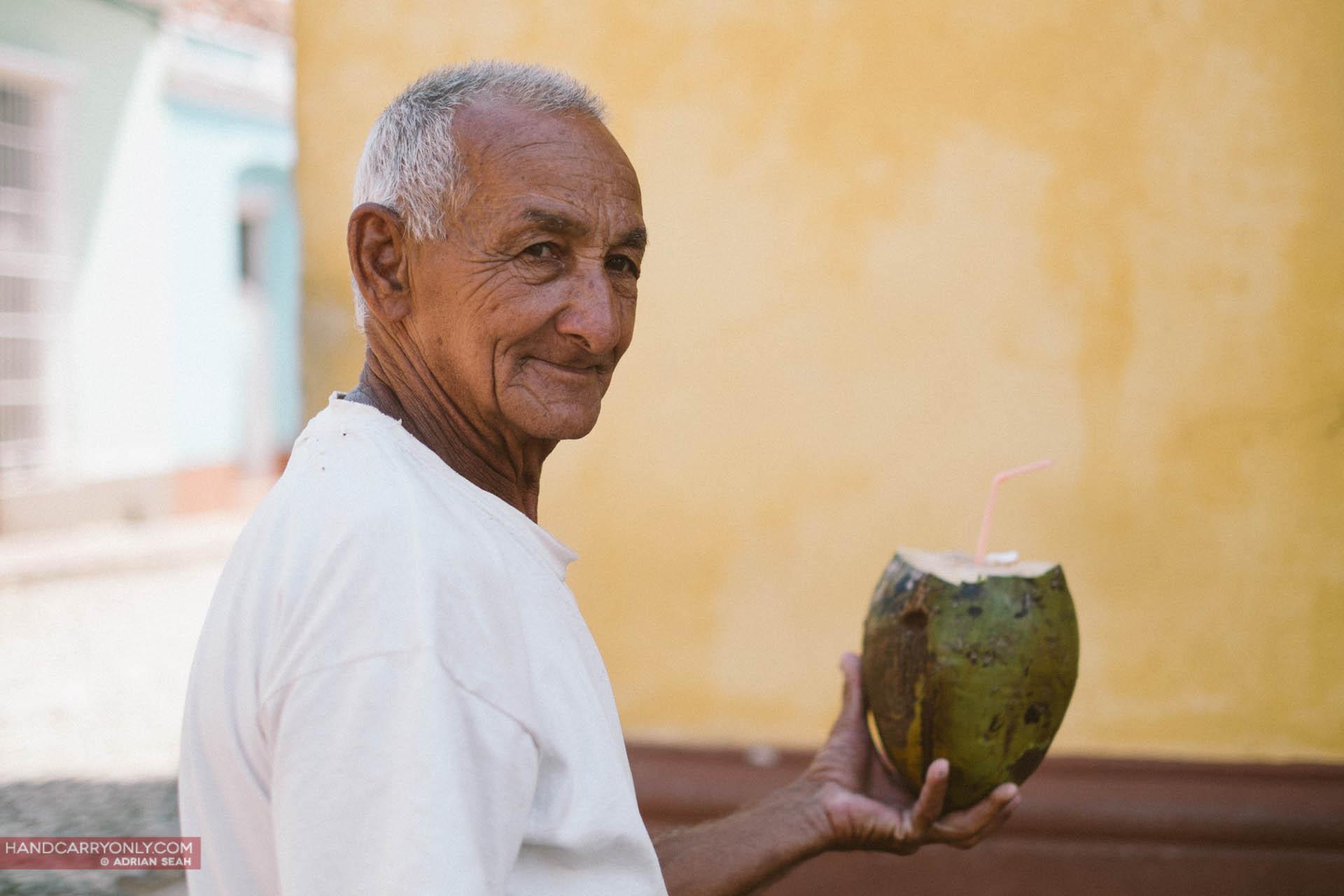 coconut seller cuba