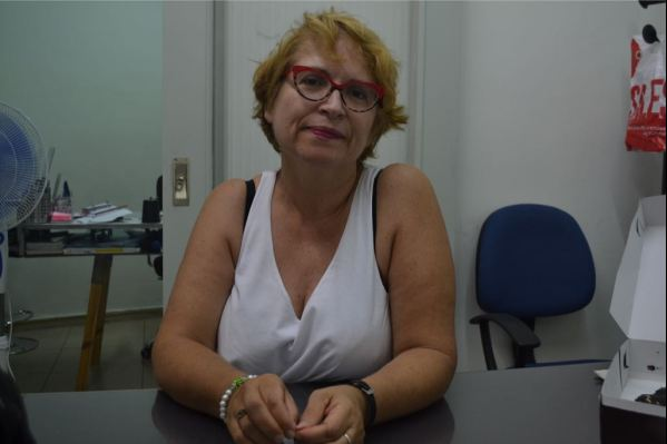 """Η φιλόλογος - ιστορικός Στέλλα Αλιγιζάκη από το φροντιστήριο """"Διαλεκτική"""""""