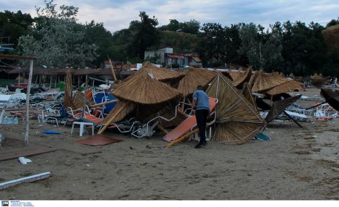 Ανυπολόγιστες καταστροφές σε σπίτια και επιχειρήσεις