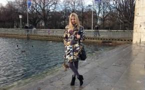 Michael Kors bag & Falke tights