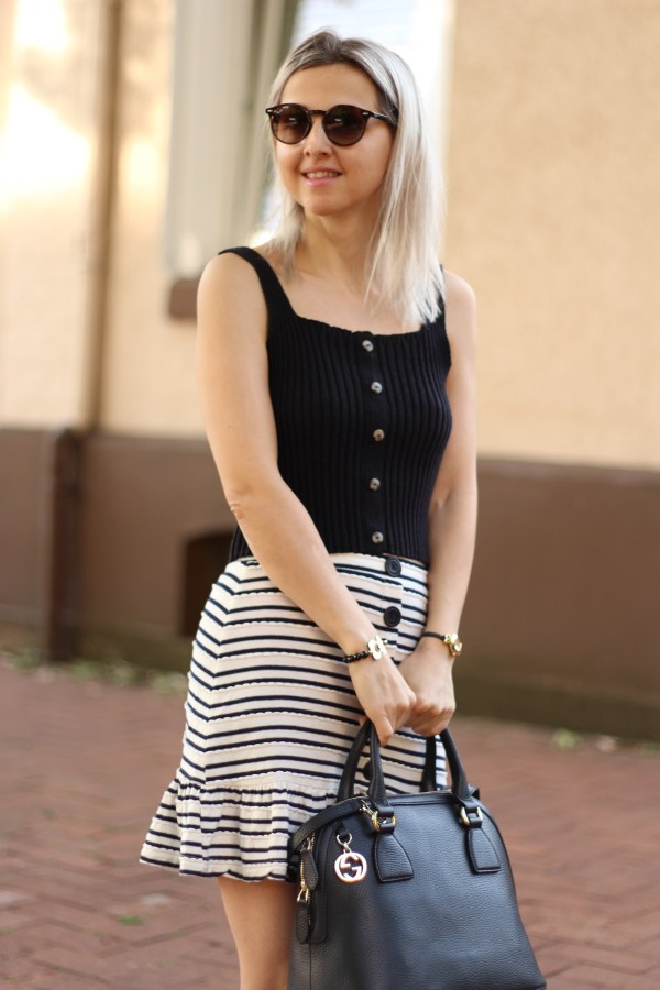 Gucci Tasche, Urban Outfitters Top, ASOS Rock, Modeblogger, Fashion Blogger
