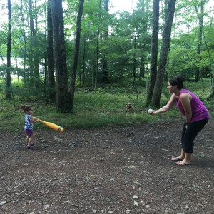 wiffle ball at the lake house | happilyfrazzled.com