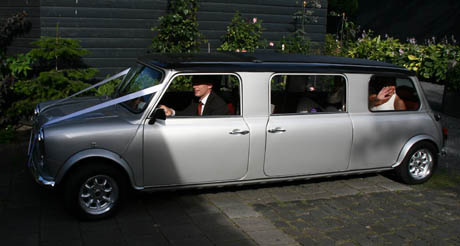 Stretch Mini Limo  2