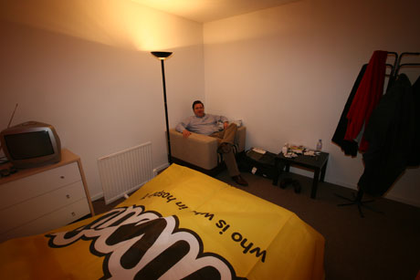 Berlin Billboard Single Room Pod Hotel Visited By Happy Hotelier 04