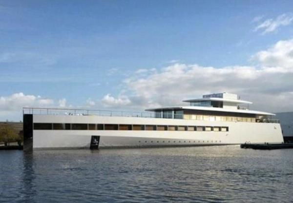 Steve-Jobs-yacht-venus