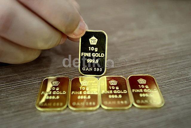 Harga emas Antam turun Rp 1000 per gram