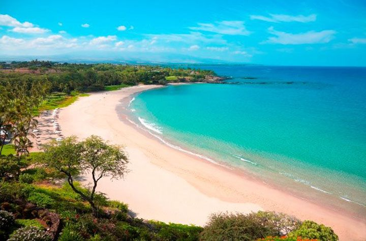 Top 5 Beaches on Big Island   Hawaii com Photo  Mauna Kea Beach courtesy of