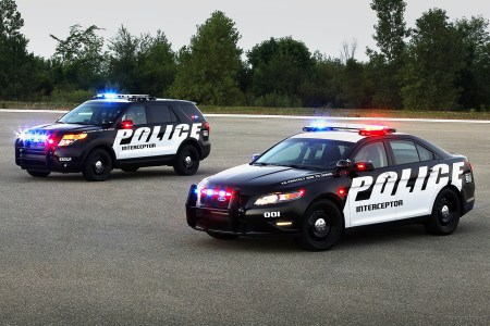 2011 ford police interceptor suv 2 wide