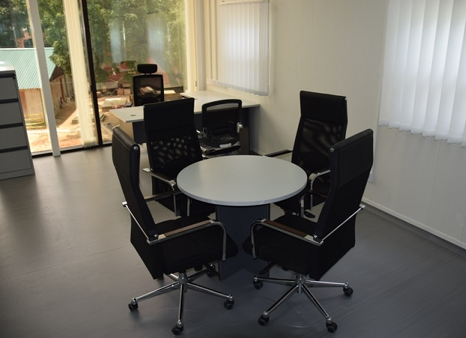 ID: HT CT26, 4-Seater Conference Table