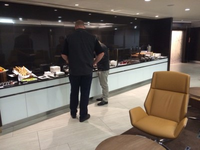 Buffet Etihad lounge Heathrow review