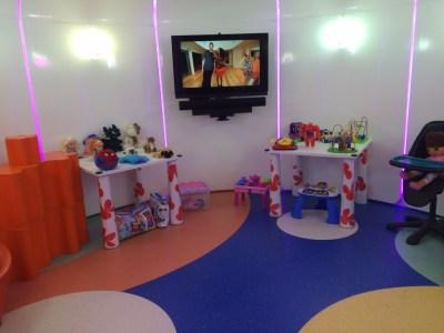 Childrens playroom Etihad lounge Heathrow review
