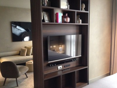 ME Milan chic suite room devider