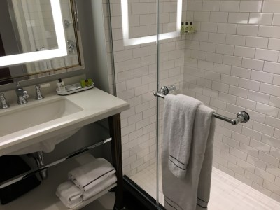Review of InterContinental New York Barclay hotel bathroom