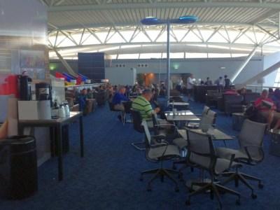 JFK airport new york admirals lounge coffee seating