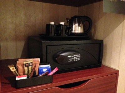 intercontinental-vienna-wien-room-tea-coffee-kettle