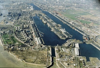2-londons-royal-docks-c1981