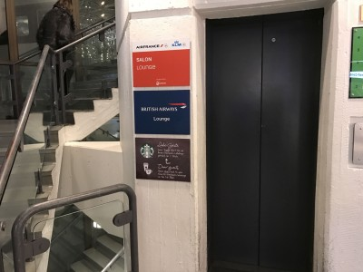 british-airways-terraces-lounge-berlin-tegel-review-elevator