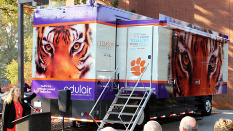 Odulair Delivers World's First 100-Percent Solar Powered Mobile Health Clinic