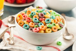 The color of these cereal loops are so inviting